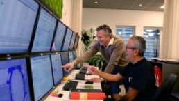 Andreas och Juan Carlos på SGA Fastigheters kontor